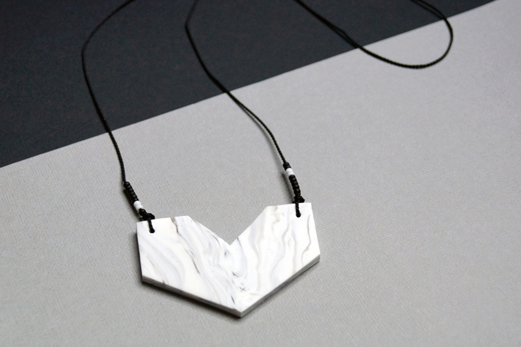 TFW-Marble-Geometric-Necklace_v2