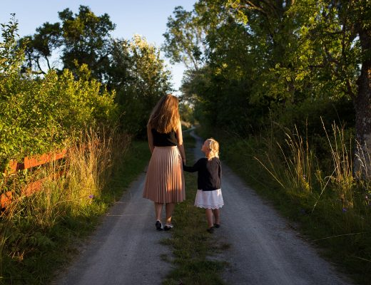 Stepping Out Of Motherly Guilt | thefreewoman.com